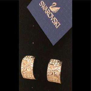 💃 💃 Swarovski Hoop Pierced Earrings